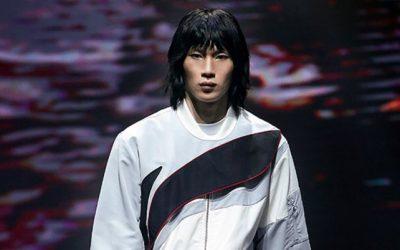 Lu Yang en vedette pour la marque chinoise Li Ning à la Fashion Week de Paris
